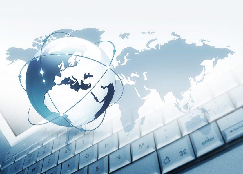 ② クラウドソーシングというサービスを利用して仕事を探す。