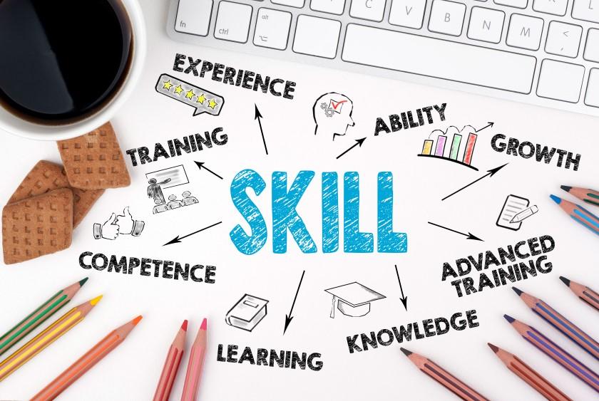 Pythonエンジニアに転職する場合に必要なスキルと2択のキャリアパス