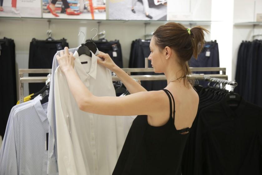【面接は第一印象で決まる!】服装を選ぶときの大切なポイントとは?