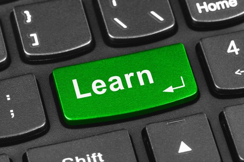 COBOLプログラマーが知っておきたいスクールや教材について